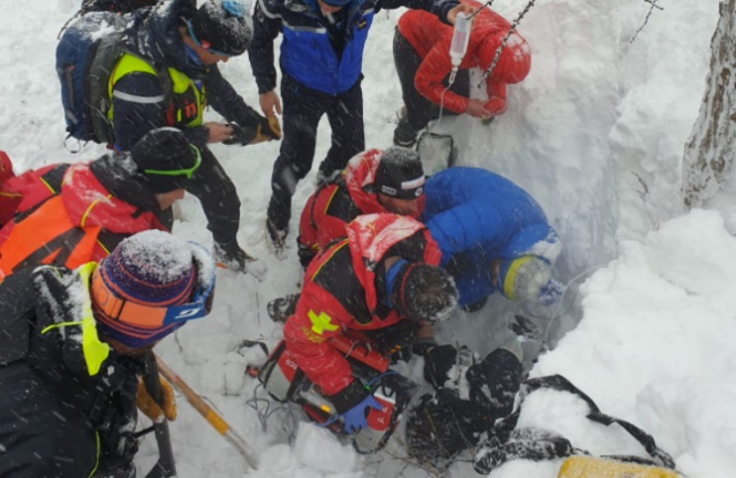Recovery of a 50 year old man from a French Alps avalanche.