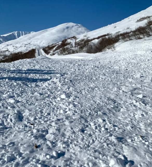 Hatcher Pass Avalanche on road